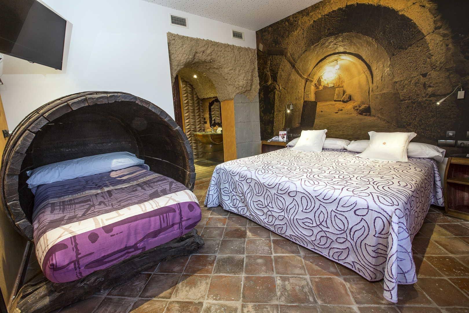 Hotel Temático de la Ruta del Vino, Isilla